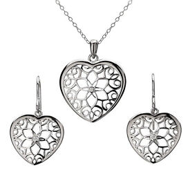 HOT DIAMONDS SILVER LEVANTER HEART PENDANT AND EARRING SET SS096 - BIG DISCOUNT