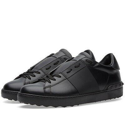 100% Authentic Valentino Rockstud Sneakers Black EU 41 - KY0S0830 VGV