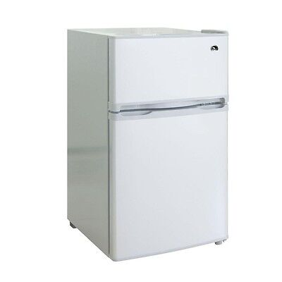 Refurbished Igloo 3.2 cu ft 2-Door Refrigerator / Freezer in White - FR832
