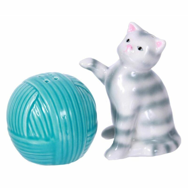 Kitty Cat and Yarn Salt and Pepper Shakers - 40289