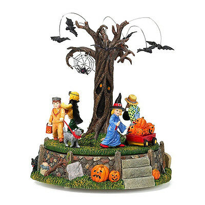 Village Halloween Parade (Department 56 Halloween Village Costume Parade Musical Animated)