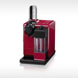 Red Nespresso coffee machine EN550.R never used and still in original box