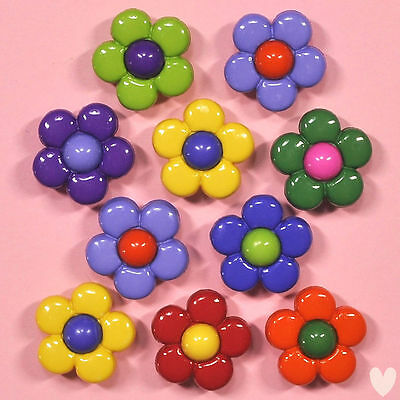 DRESS IT UP Buttons Multi Daisy 67 - Embellishments Flowers ()
