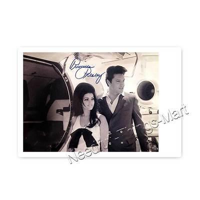 Elvis Presley  (Elvis Aron Presley)  & Priscilla Presley - Autogrammfotokarte 
