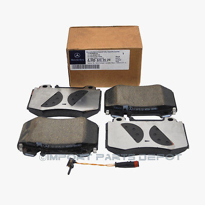 Mercedes Front Brake Pads Pad Set Genuine OE 0059520 + 1 Sensor VIN#REQUIRED