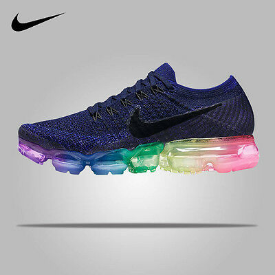 Nike-Adidas-sneaker