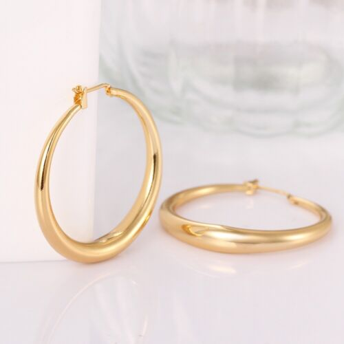 14K Yellow Gold 1mm Thickness High Polished Hinged Small Hoop Earrings