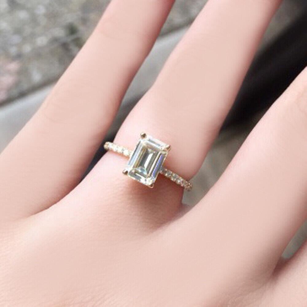 GIA Certified Diamond Engagement Ring 4.30 carat Emerald & Round Cut 18k Gold