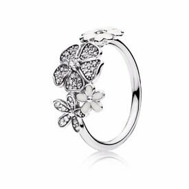 Pandora Shimmering Bouquet Ring size 54 New Boxed