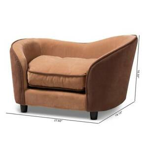 Pet bed *** LUXURY SOFA***.Brown. Comes with matching food matt..