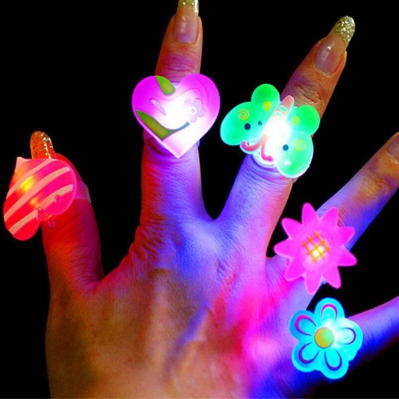 Novelty 10x Kids LED Lights Up Flashing Finger Rings Party F