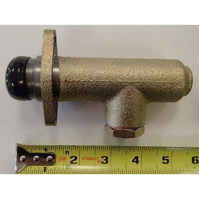 62452701 Replacement Zetor Brake Master Cylinder 5211 5245 10111 10145 12111
