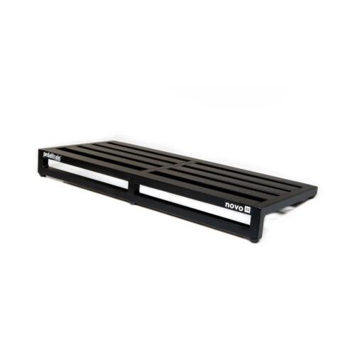 "Pedaltrain Novo 32 Guitar Effects Pedalboard Pedal Board + Soft Case 32 x 14.5"""
