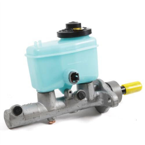 Brake Master Cylinder 472010C010 fit for Toyota 2000-2004 TACOMA 2.4 2.7 3.4 2000-2006 TUNDRA 3.4 4.0 4.7