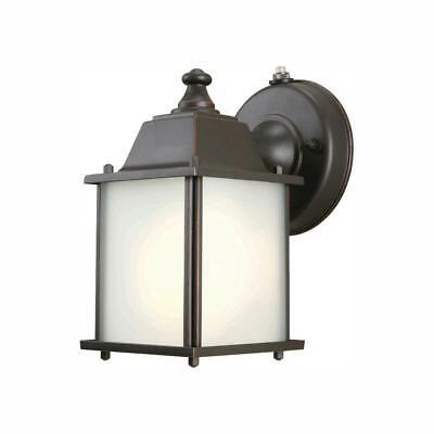 Hampton Bay 1-Light Bronze Outdoor Dusk-to-Dawn Wall-Mount Lantern (Dawn Hampton)