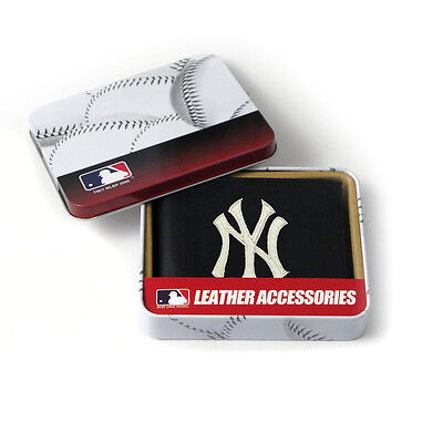 New York Yankees MLB Embroidered Leather Billfold Bi-fold Wallet ~ (Leather Mlb Wallet)