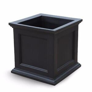 28 in. Black Plastic Square Planter