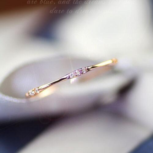 14k gold 9 Tiny Diamond Pieces of Exquisite Small Fresh Ladi