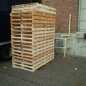Curb Alert      FREE WOOD SKIDS or use for firewood UPDATE