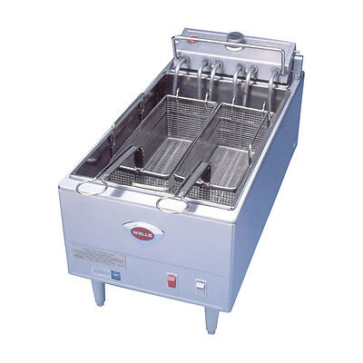 Wells F-1725 Countertop 40lb Twin Basket Electric Fryer