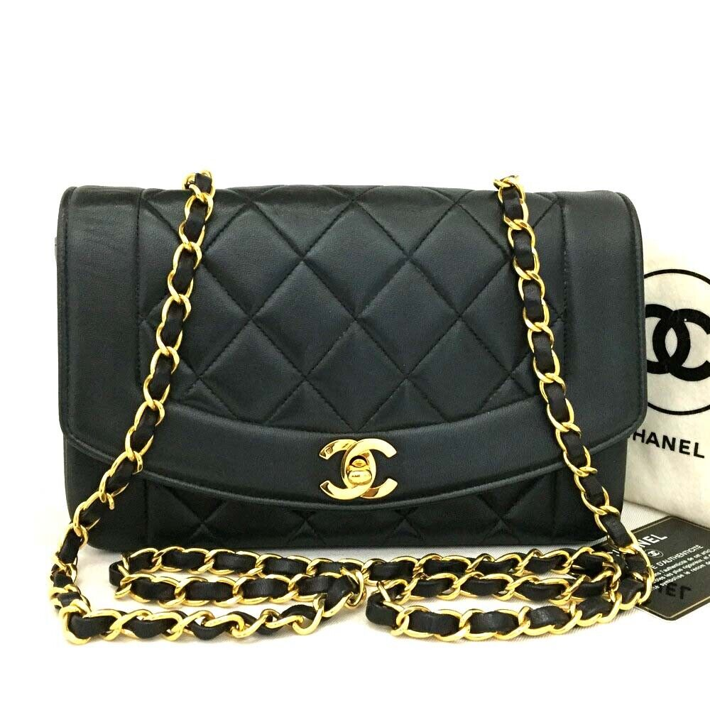 CHANEL Quilted Matelasse Diana 22 CC Logo Lambskin Chain Shoulder Bag / pEIA
