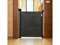 Safetots Black Advanced Retractable Gate