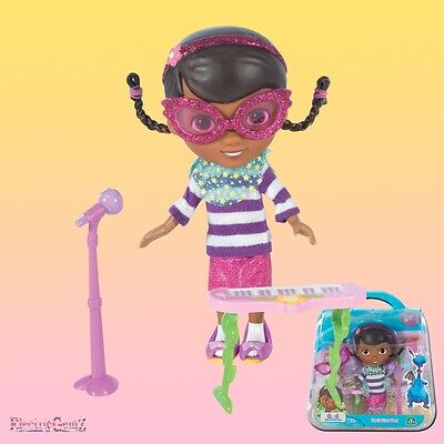 Star Doc Figure with Matching Accessories - New (Doc Mcstuffins Rock)