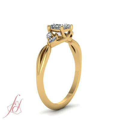 1 Carat Princess Cut Diamond Petal Style Engagement Ring In 18K Yellow Gold GIA 2