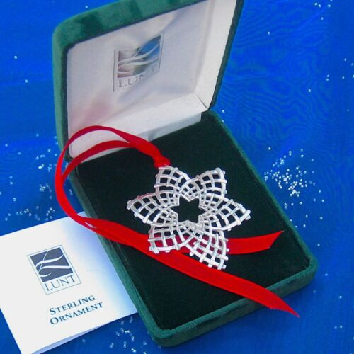 RARE • NEW • LUNT 2001 ANNUAL SNOWFLAKE Sterling Silver Christmas Ornament