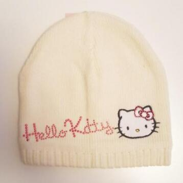 Hello Kitty muts