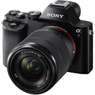 Sony a7 + Sony FE 28-70mm + lots of stuffs