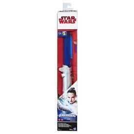 Star Wars: The Force Awakens Rey (Starkiller Base) Electronic Lightsaber