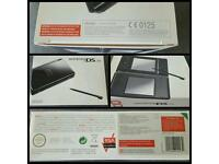 Nintendo DS Lite (perfect condition)