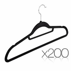200 PACK VELVET HANGERS WITH TIE BAR Point Cook Wyndham Area Preview
