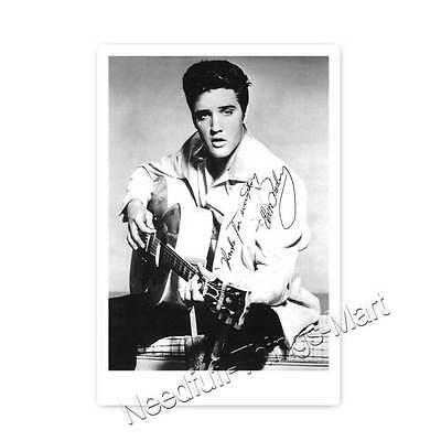 Elvis Presley  (Elvis Aron Presley  - 1935–1977)  Autogrammfotokarte [A01] 