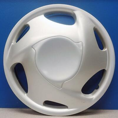 """ONE 1998-2002 Chevrolet Prizm # 3230 14"""" Hubcap / Wheel Cover GM # 10290958 USED"""