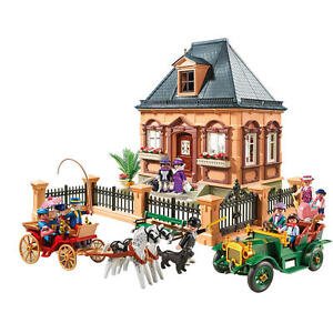 FAO-Schwarz-150th-Anniversary-Playmobil-Victorian-City-Life-Set