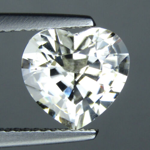 3.85CT EXQUISITE HEART SHAPE NATURAL WHITE ZIRCON 8.6 x 9.1 MM LOOSE GEMS VIDEO