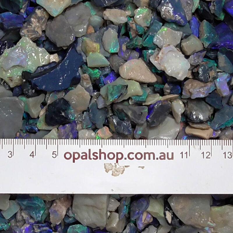 Seam opal from Lightning Ridge Black Opal Country, Opal Rough Parcel- Ro2781
