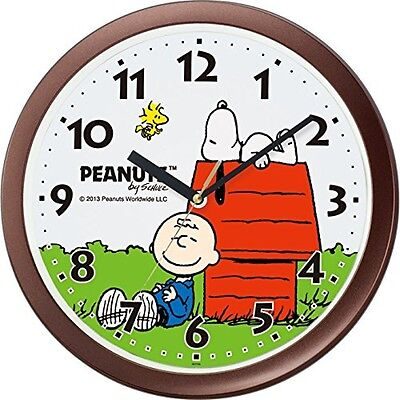PEANUTS Snoopy hanging wall clock red roof and Snoopy classic