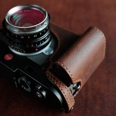 Leica M10 with Leica hand grip case  - Arte di mano -