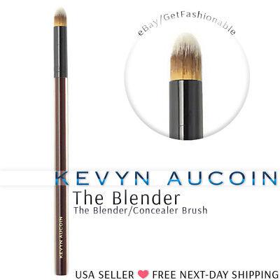 Kevyn Aucoin Beauty The Bender/Concealer Brush