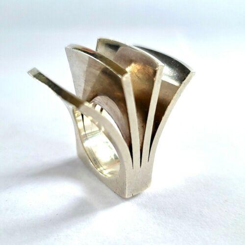 Modernist PEKKA PIEKAINEN Sterling ARCHITECTURAL FLARED BAR RING Size 8