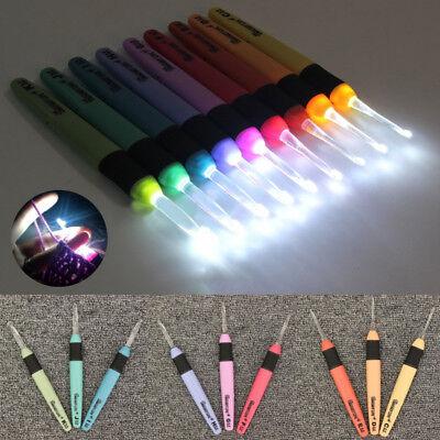 9Sizes LED Crochet Hooks Set Light up Knitting Needles Weave Sewing Tools Craft ()