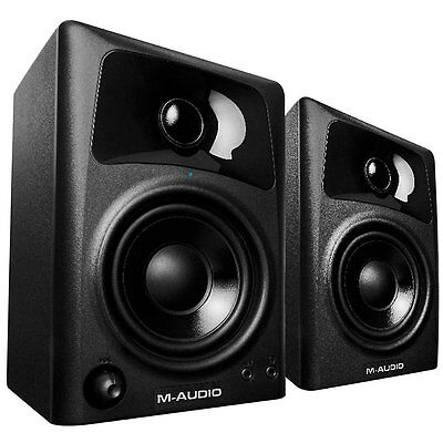 M-Audio AV32  Compact Desktop Speakers for Professional Medi