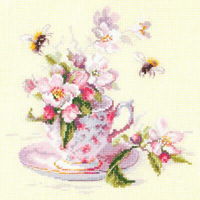 Magic Needle / Cup and Apple Blossom 21x21 cm, 120-041 / Cross Stitch Kit