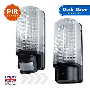Pir motion dusk til dawn sensor outdoor garden security bulkhead wall lights ebay for Dusk till dawn exterior lighting
