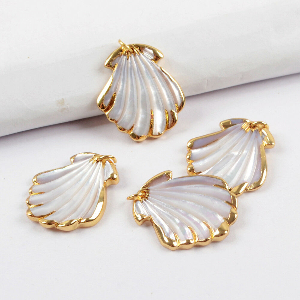 5Pcs Women Beach Gold Plated Scallop Natural White Shell Charm Pendant BG1603
