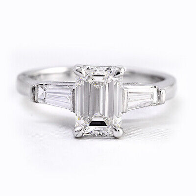 Genuine 2.30 Ct Emerald Cut Baguette Diamond Platinum Engagement Ring F VS1 GIA