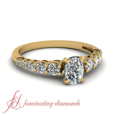 1 Ctw Cushion Cut Diamond Yellow Gold Wedding Ring With Graduated Round Accents